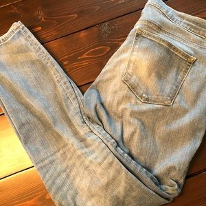 GAP lightly distressed skinny jeans